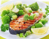 bigstock-grilled-salmon-with-broccoli-a-29995520-195x155