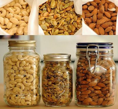 organic-raw-nuts-and-seeds-580