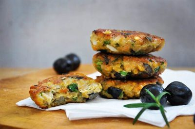 lentil-patties-with-olives-and-herbs-e1427915568750