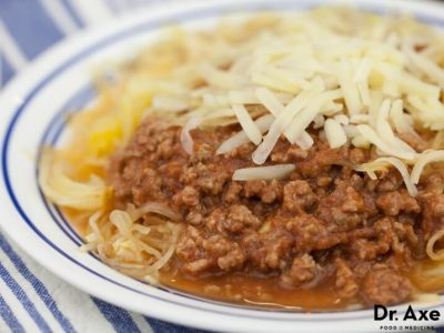spaghetti-squash-with-red-sauce-716x537