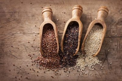 red-black-and-white-quinoa-in-wooden-scoops