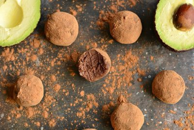 schema-photo-Silky-Dark-Chocolate-Avocado-Truffles