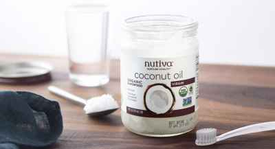 coconut oil teeth brush